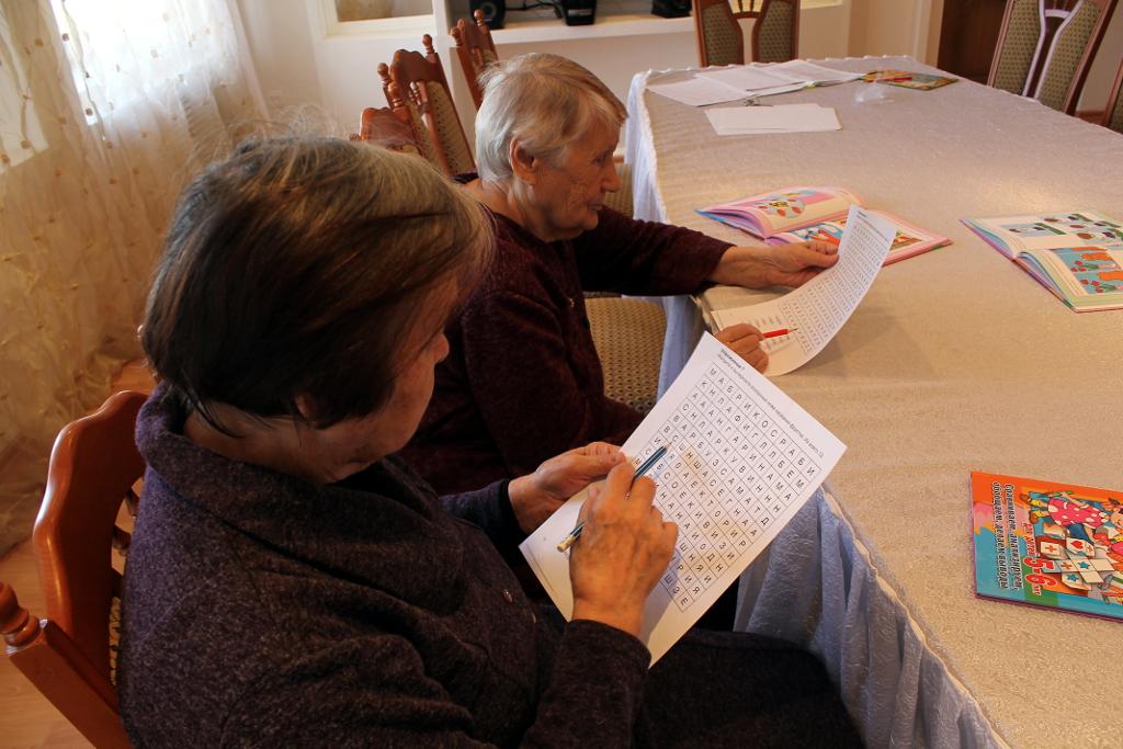 Вышивка для пожилых людей 62
